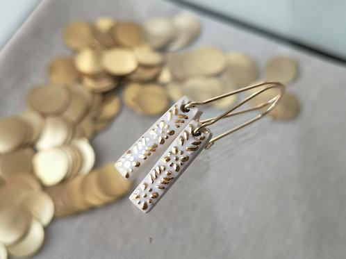 boucle d'oreille talisman blanc et or, gold filled