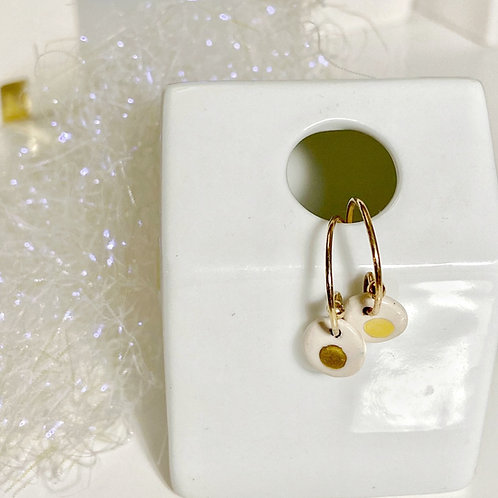 Petites boucles blanc et or, gold filled