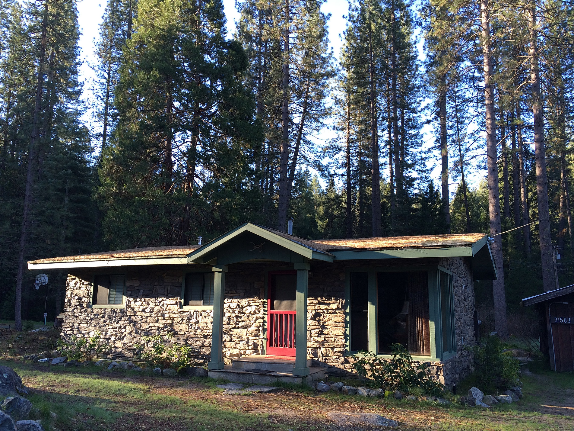 in s inn yosemite srz sunset river photos cabin ca for d cabins rent