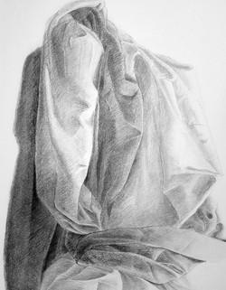 RB-arts-cours-de-dessin-étude-de-drapé-au-fusain