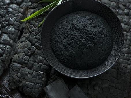 FANCY TIPS: i benefici del carbone vegetale