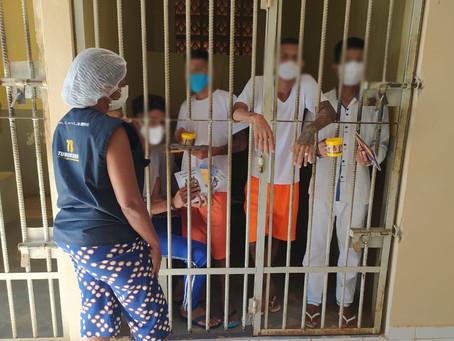 Projeto Prisões Livres de Tuberculose entrega materiais educativos para unidades prisionais