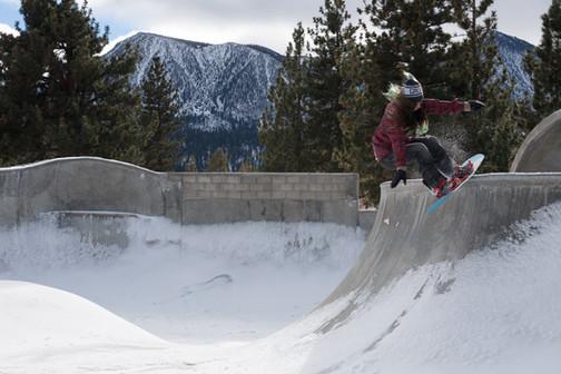 Mammoth Skatepark Rock to Fakie