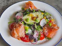 Smoked Salmon & Avocado Salad