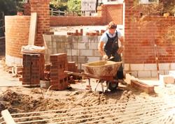 Laying a brick wall
