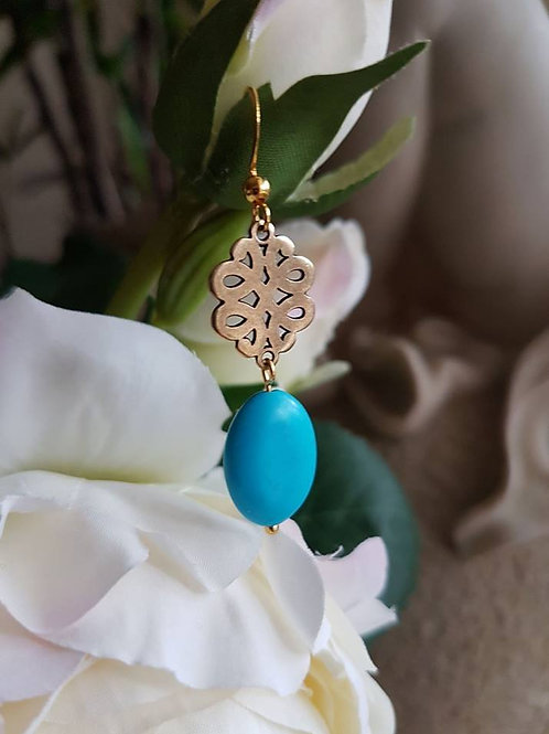Turquoise Mystic Knot