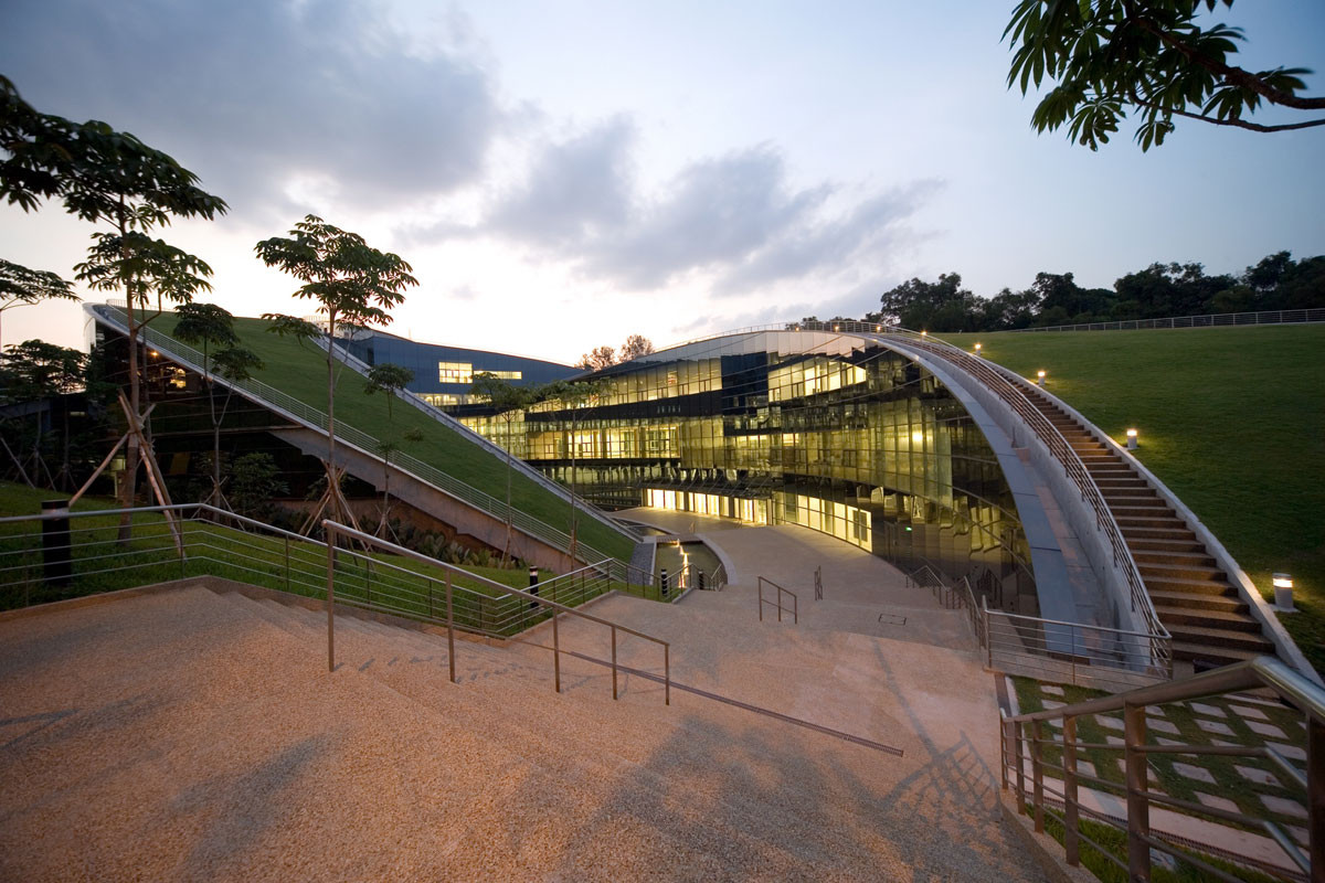 Project- Building of University (NTU) in Singapore(2)