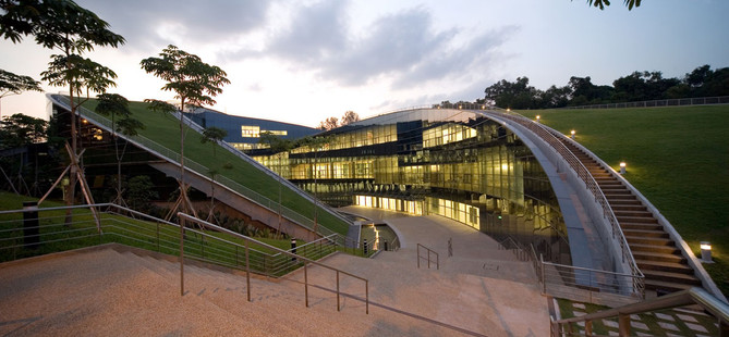 Project- Building of University (NTU) in Singapore(2)