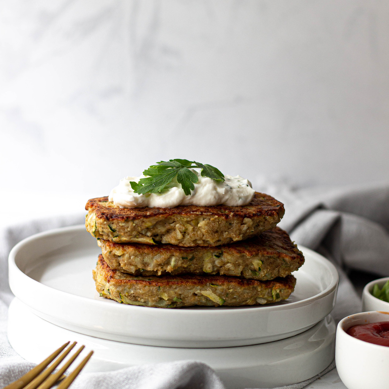 cauliflower and zucchini fritters low carb