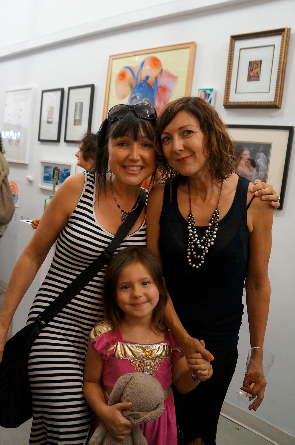 Paula Tiberius, Bettina Hubby, Violet Duguay