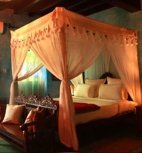 Zanzibar bed netting