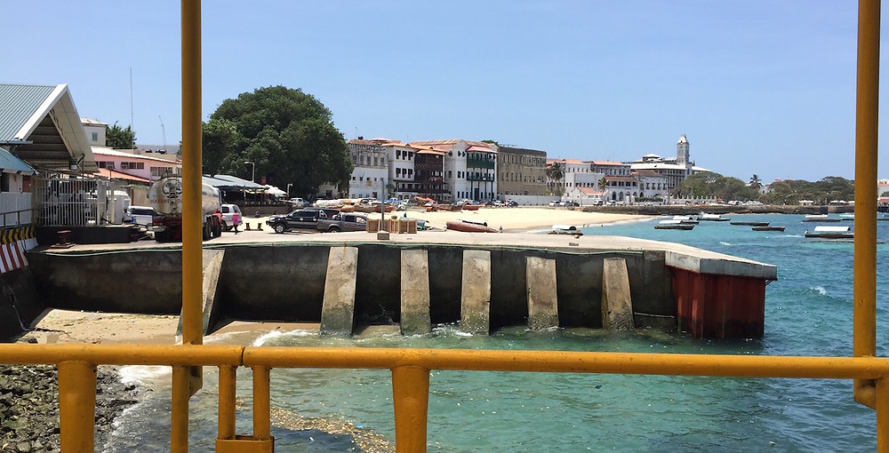 Zanzibar Harbor 2-CROP