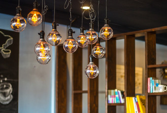 Edison Bulbs - Peak Electrical - Electricians in Canberra Local Area - Licensed Electricians