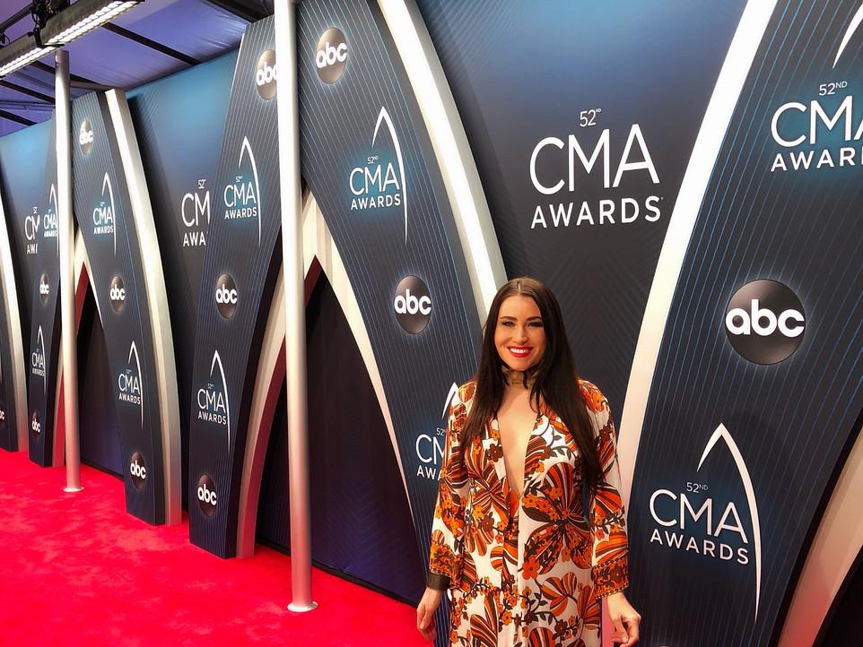 Mary O'Neill Phillips CMA AWARDS RED CARPET