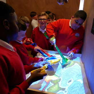 Oriel Science inspires pupils' community spirit during first school visit to new exhibition space!