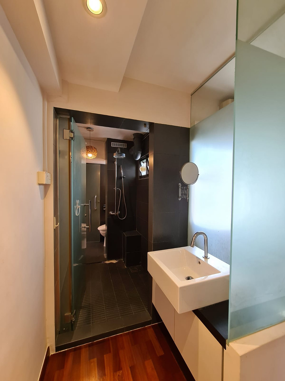 attached bathroom, improved unit, 3I, buy marine parade hdb flat