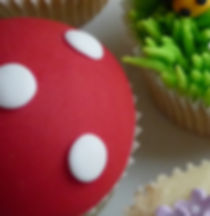Toy and monster cupcake decorating class