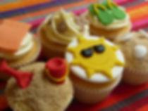 Seaside cupcake decorating class