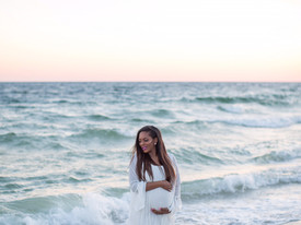 Maternity Shoot Outfit | Beach Theme