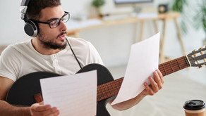 Los Primeros Pasos para Aprender a Tocar la Guitarra