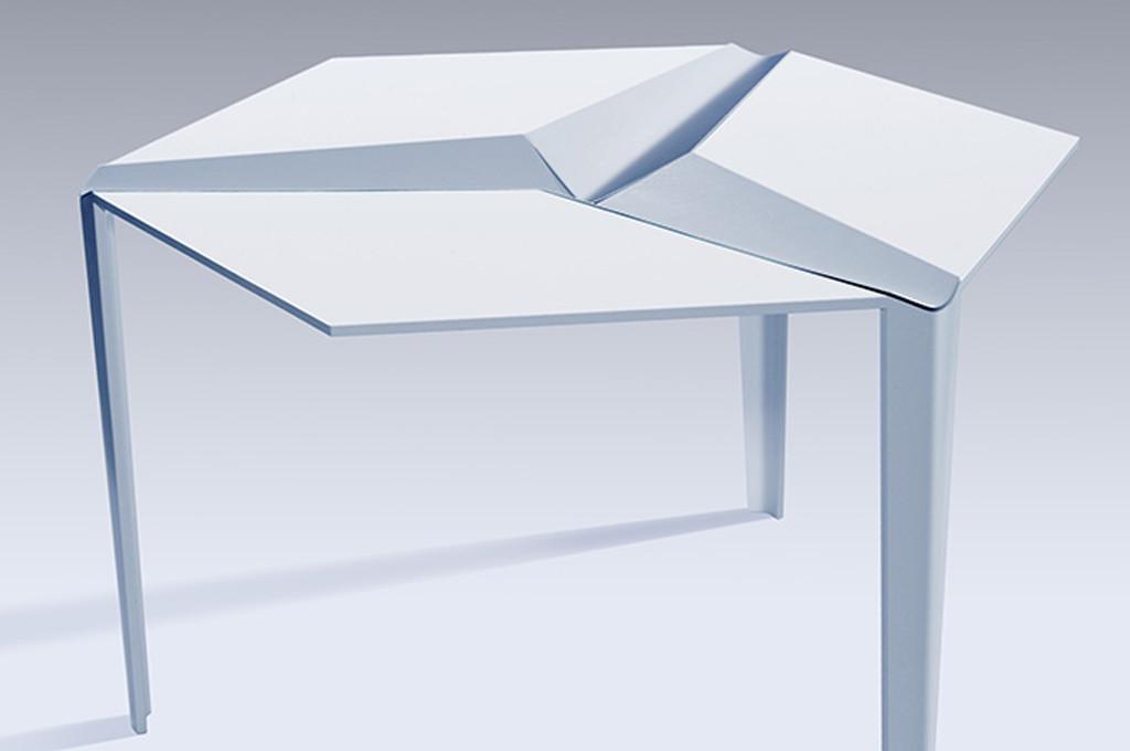 cristallyzed table
