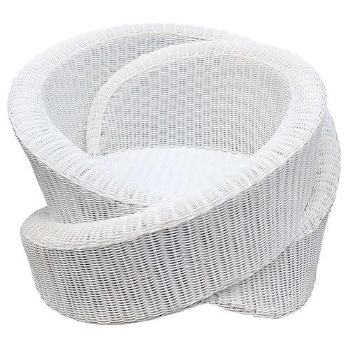 Knotty-armchair