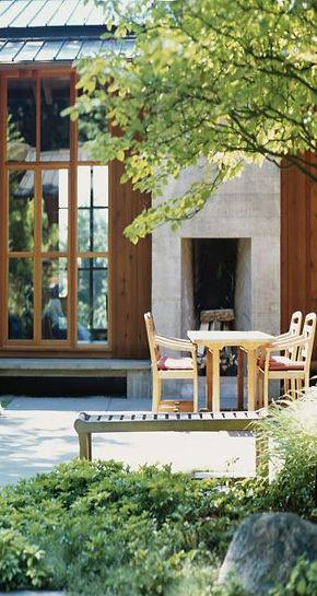 Serene house garden
