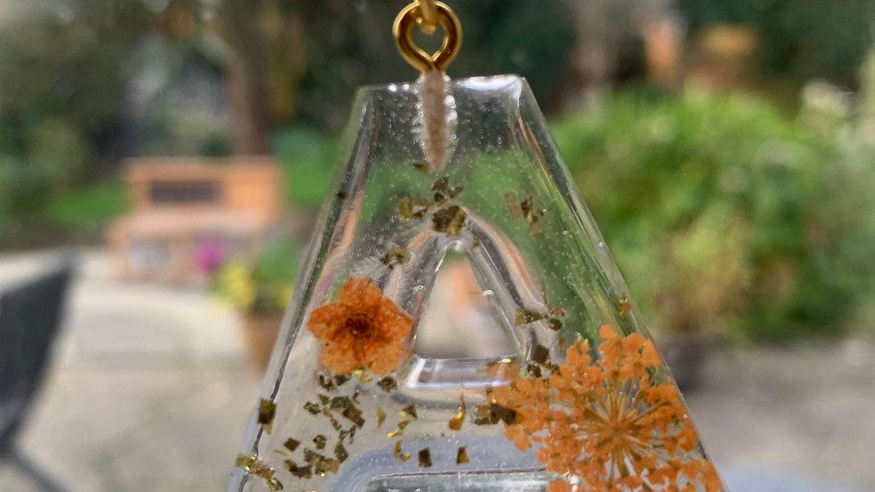 Letter Flower Glitter - Gold Chain