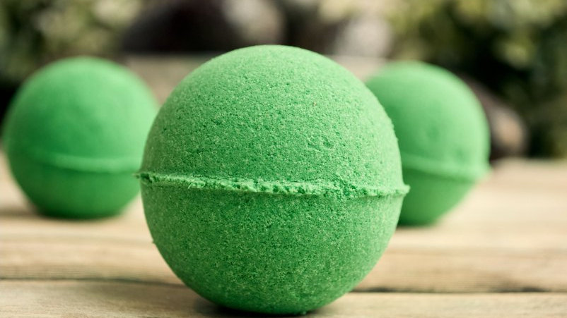 Blissed Out Wellness Mindful Bathbomb