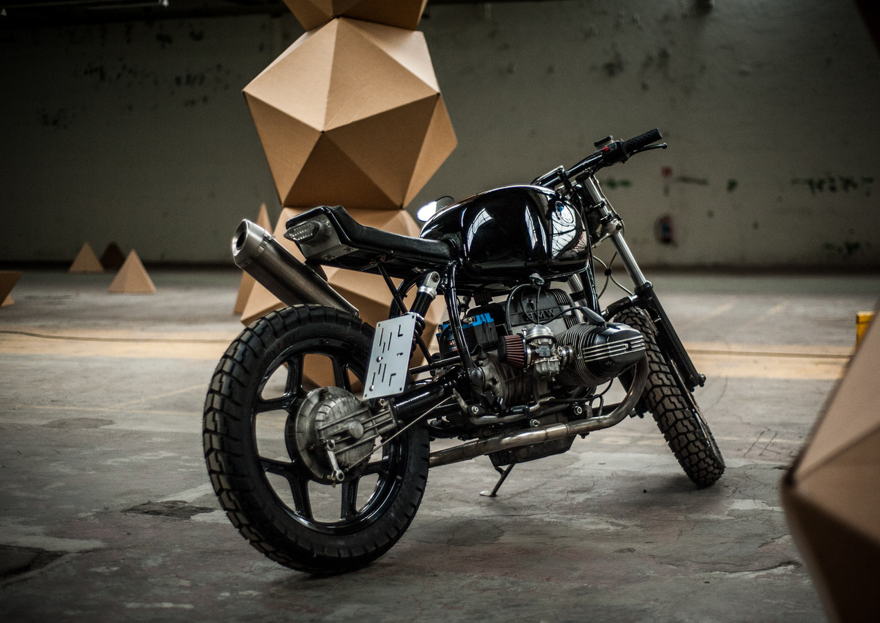bmw-caferacer-meatandgrease-44.jpg