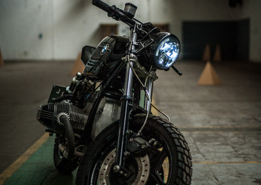 bmw-caferacer-meatandgrease-49.jpg