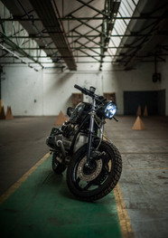 bmw-caferacer-meatandgrease-50.jpg