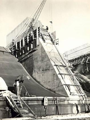Obras da Usina de Furnas.    Abril, 1961  J. R. Nonato