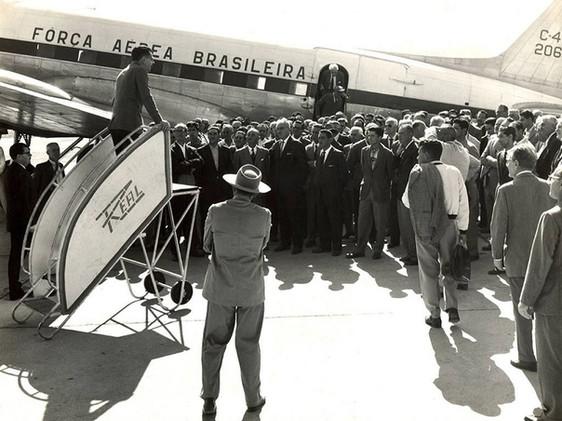 Visita do grupo de trabalho instalado pelo Ministério de Minas e Energia à Usina de Furnas.    Agosto 1961  J. R. Nonato