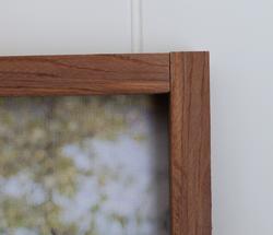 Cedar Frame Close Up
