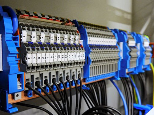 switchgear-2069759__340.jpg