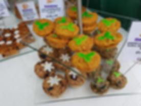Christmas Cakes 3.jpg