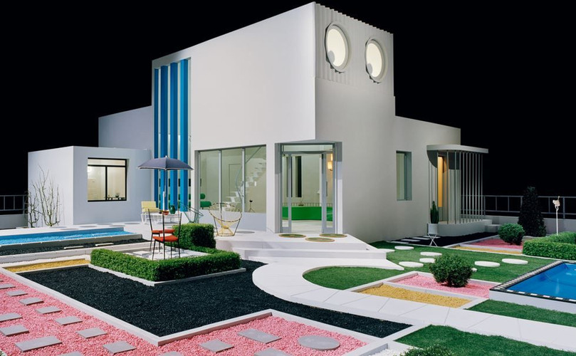 Villa Arpel from Jacques Tati's 1958 oscar winning 'Mon Oncle' is a satire of modern home.