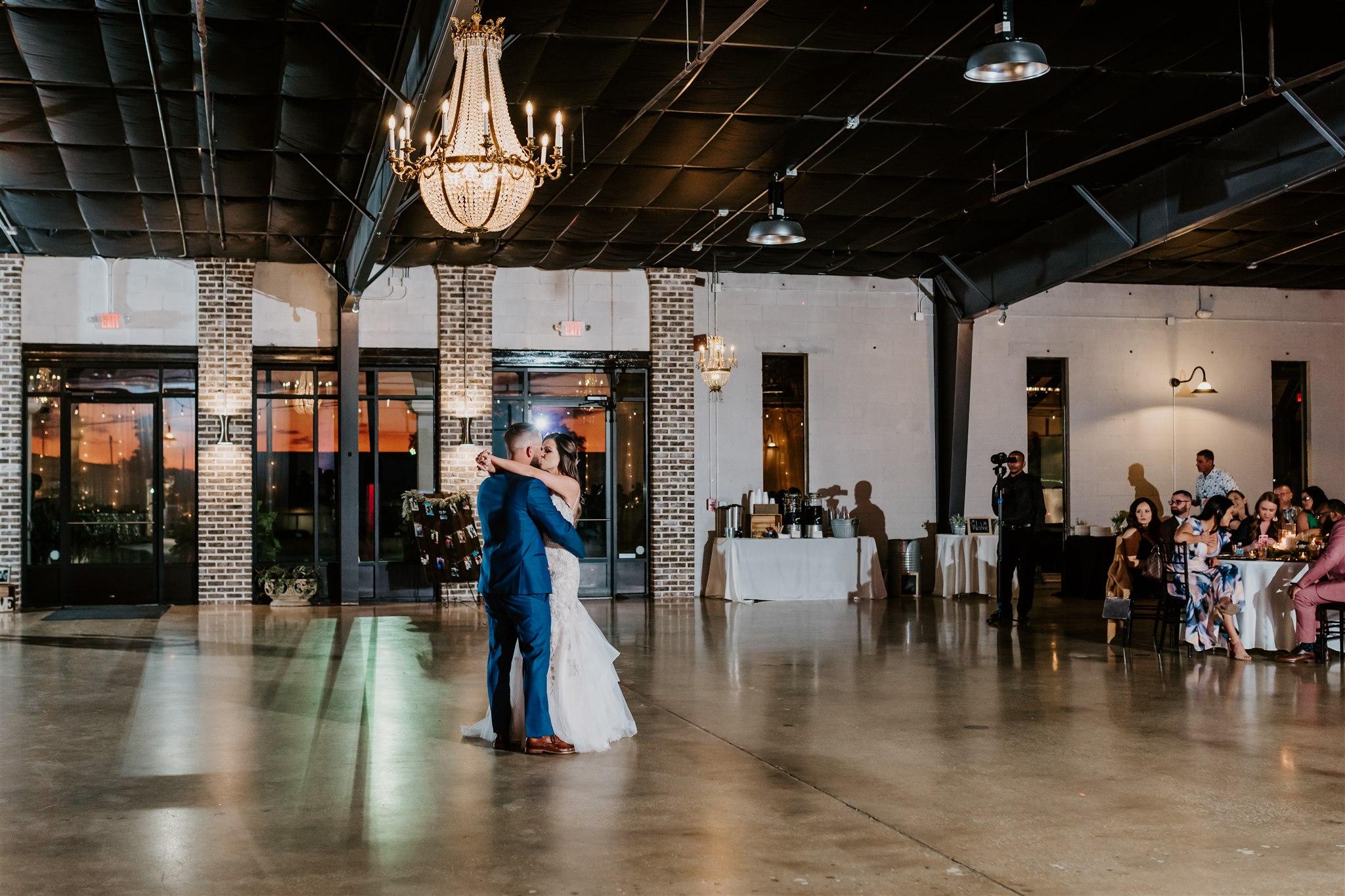 venue-650-wedding-birttany-sawyer-1129