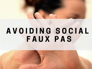 4 Social Faux Pas to Avoid this Holiday Season