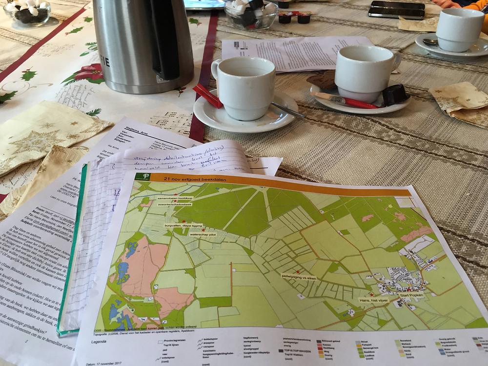 Kaart en Koffie