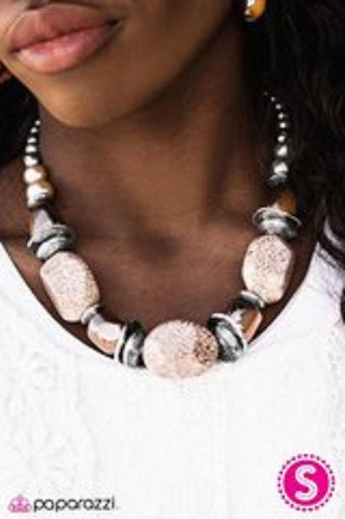 In Good Glazes Peach Necklace Set