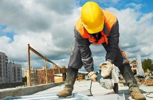 Confiança da construção cai pelo 4º mês seguido, para o menor nível desde julho