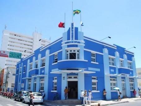 Prefeitura de Patos lança edital para concurso público com 298 vagas e salários de até R$ 2,1 mil