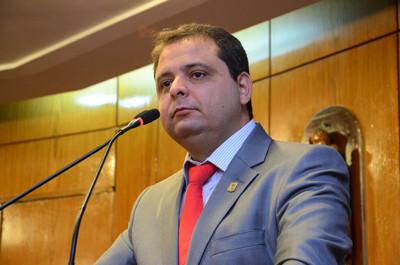 Semob atende pedido do vereador Marmuthe para construção de rotatória no Geisel