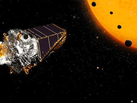 O telescópio da Nasa identificou 104 novos planetas fora do Sistema Solar e 4 semelhantes à Terra