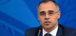 Para juristas, recurso em favor de Weintraub deveria ter partido da AGU e não do ministro da Justiça