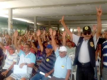 Servidores técnicos da UFPB fazem assembleia e aprovam paralisação por unanimidade
