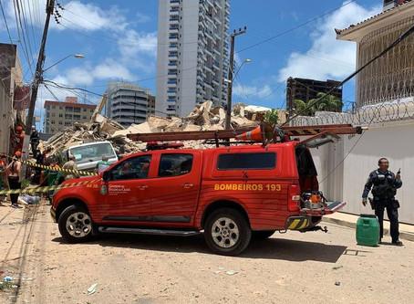 2 pessoas morreram; bombeiros buscam por 9 desaparecidos