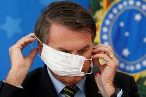 PSDB pede ao STF que obrigue Bolsonaro a usar máscara e respeite isolamento
